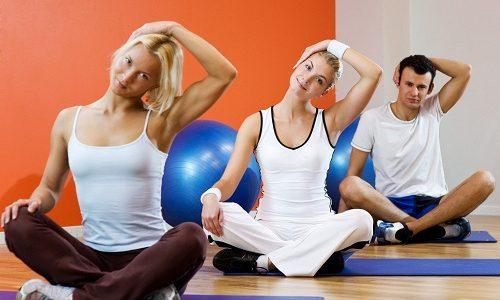 Комплекс упражнений лечебной гимнастики подбирается специалистом индивидуально для каждого пациента, который желает избавиться от болей при грыже С5-С6