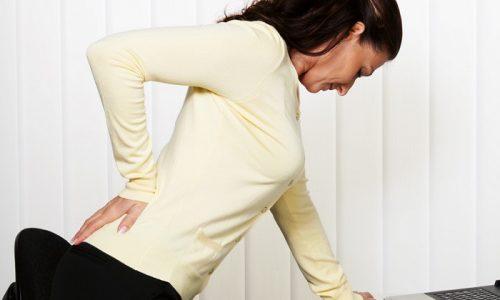Процедура иглоукалывания поможет снять боли и спазмы, устранит воспаление, а также улучшит кровоснабжение позвоночника