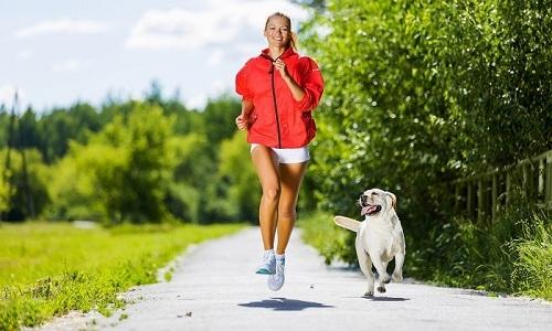 Сторонники физической активности уверены, что бег может принести пользу многим больным, если соблюдать правильные условия по организации и проведению тренировок