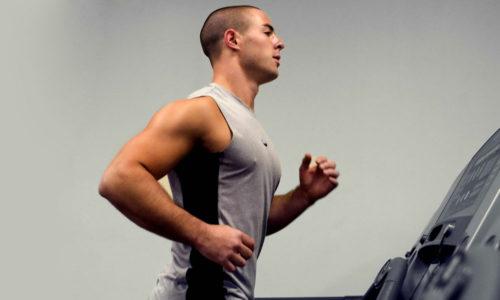 Подготовительный этап разогревает мышцы и нормализует дыхание перед выполнением комплекса ЛФК