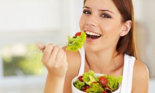 Грубая пища травмирует слизистую органов ЖКТ, поэтому в меню больного грыжей пищеводного отверстия диафрагмы должны отсутствовать твердые продукты с большим количеством клетчатки