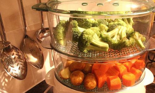 Пища для ребенка, который перенес операцию, должна быть приготовлена на пару