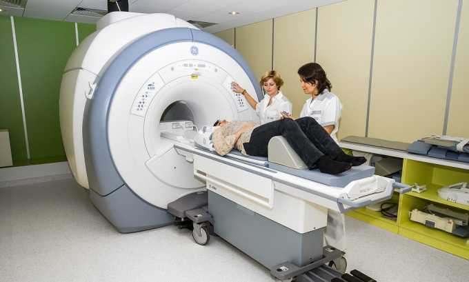 Для определения точного местонахождения и состояния грыжи проводится МРТ позвоночника