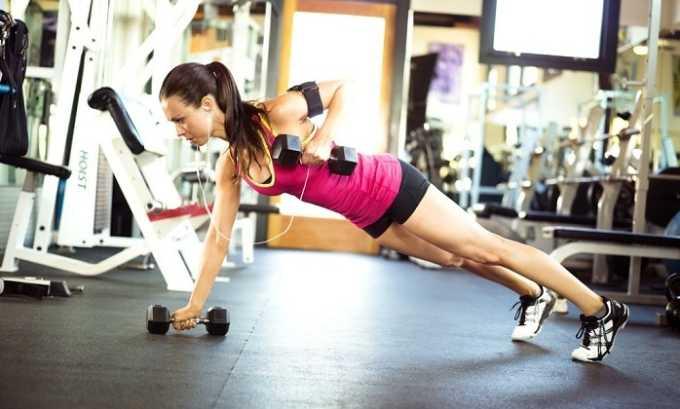 Даже интенсивные физические нагрузки могут стать показанием к применению корсета