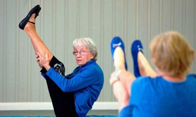 Кроме вытяжения позвоночника следует использовать упражнения лечебной гимнастики