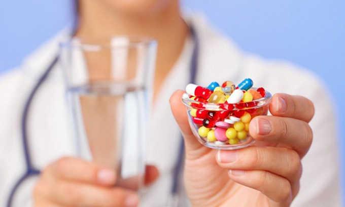 Для устранения болевого синдрома используются нестероидные противовоспалительные препараты, позволяющие снять воспаление и уменьшить отечность