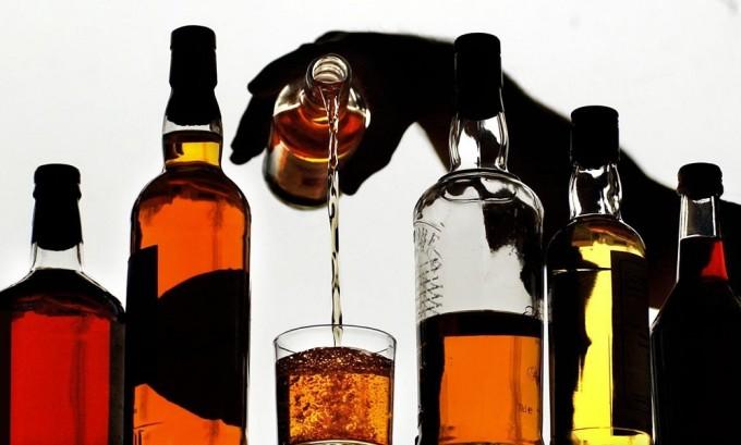 Спиртные напитки запрещается употреблять за несколько дней до операции