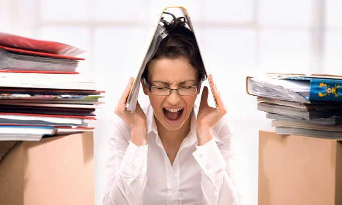 Стресс во время беременности способен спровоцировать развитие этого патологического состояния у плода