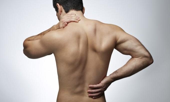 Показанием к применению мануальной терапии служат острые болевые ощущения в области шеи и поясницы