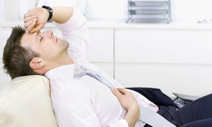 Слабость - симптом мошоночной грыжи