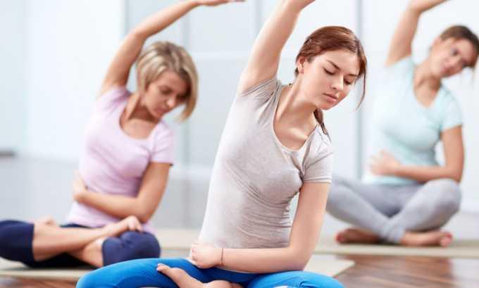 Сделать позвоночник более гибким удастся с помощью йоги