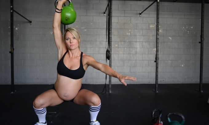 Поднятие тяжестей во время беременности чревато появлением пупочной грыжи