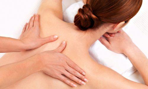Во время сеанса классического массажа используется несколько приемов: поглаживание, растирание, разминание, вибрация
