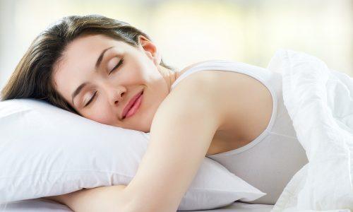 Зарядка для позвоночника при грыже будет эффективнее, если соблюдать режим дня и обеспечить организму достаточное количество сна