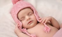 Польза применения шейного бандажа для новорожденных