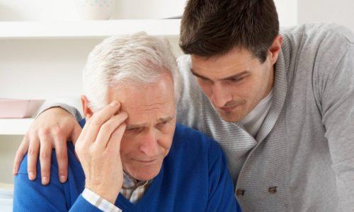 Противопоказанием к удалению грыжи является пожилой возраст