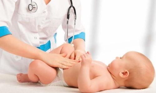 Правильное лечение пупочной грыжи у новорожденных детей позволяет справиться с этой анатомической патологией без операции