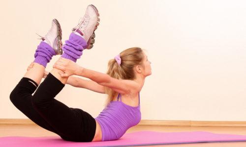 При проведении массажных процедур уменьшается напряжение, повышается гибкость позвоночника