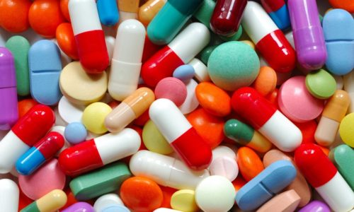При консервативном лечении имеющейся пахово-мошоночной грыжи ограниченно можно использовать некоторые медикаменты
