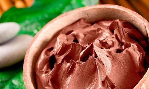 Для лечения грыжи можно использовать компрессы из красной глины