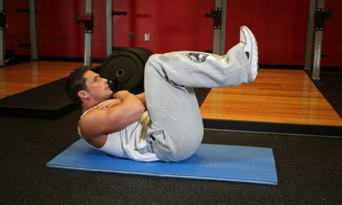 Пациенты должны выполнять лечебную гимнастику для тренировки связок, косых и передних мышц живота и грыжа не будет развиваться дальше