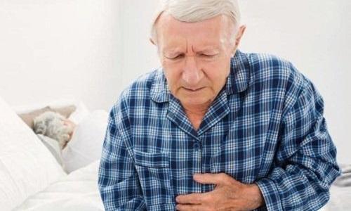 Наиболее часто каловая разновидность ущемленной грыжи наблюдается у пожилых людей, страдающих длительными запорами и другими нарушения работы кишечного тракта