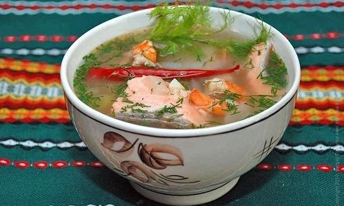 В послеоперационный период нужно в рацион ребенка вводить супы
