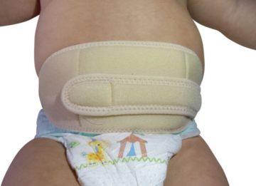 Помогает ли бандаж для пупочной грыжи для новорожденных? Виды и применение